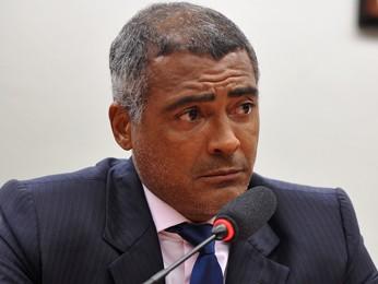 O deputado Romário (PSB-RJ), durante audiência na Câmara para discutir a Copa (Foto: Zeca Ribeiro/Câmara)