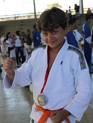 Bruno Nascimento, medalha de prata no Piauiense de Judô (Foto: Emanuele Madeira/GLOBOESPORTE.COM)