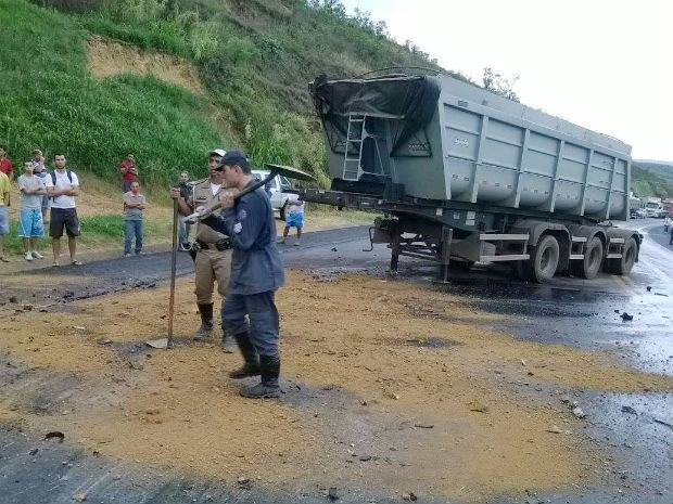 acidente Formiga (Foto:  PMR/Divulgação)