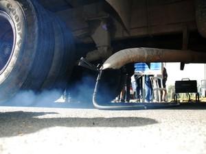Megaoperação autuou 13 veículos em Sorocaba (Foto: Zaqueu Proença/Secom)