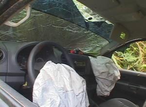 Air bag não conseguiu salvar vida de motorista após capotamento (Foto: Glaydson Castro / TV Liberal)