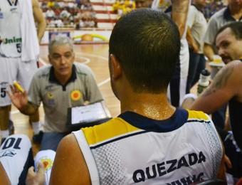 Manny Quezada Zanon São José Basquete x Franca NBB (Foto: Tião Martins/ PMSJC)