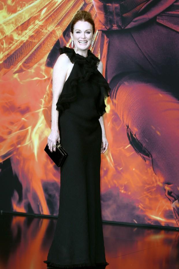 Julianne Moore na pré-estreia de Jogos Vorazes: A Esperança - Parte 2, em Berlim (Foto: Getty Imagem)
