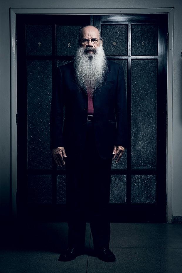 PASTOR Mozart Noronha, em foto recente. Por causa da barba farta, foi preso no exílio, em Portugal, confundido com um guerrilheiro (Foto: Stefano Martini/ÉPOCA)