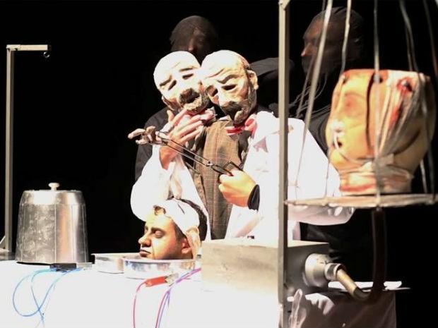 Peça 'Cabeça Oca', da Companhia Talagadá, vai ser encenada às 22h, no auditório B do Cine-Teatro Ópera, nesta terça (11) (Foto: Divulgação/Fenata)