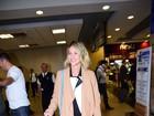 Giovanna Ewbank e Bruno Gagliasso desembarcam em aeroporto de SP