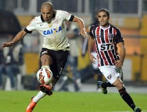 Emerson Sheik, Corinthians x São Paulo - final Recopa (Foto: AFP)
