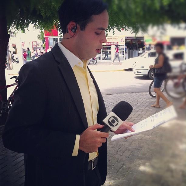 Paulo Ricardo Sobral se concentra para entrar ao vivo no GRTV 1ª edição.  (Foto: Arquivo pessoal)
