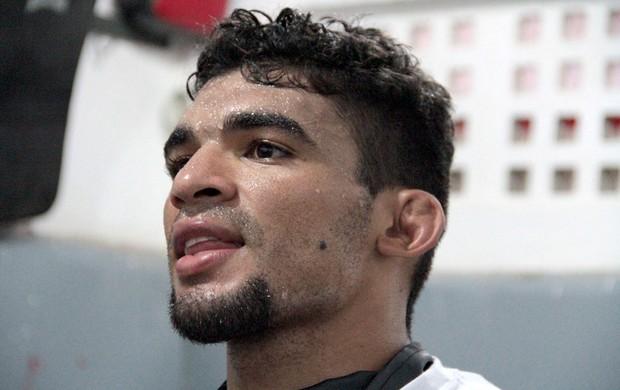 Ronny Markes treino MMA em Natal (Foto: Rodrigo Malinverni)