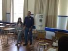 Gean Loureiro vota em Florianópolis na manhã deste domingo (30)