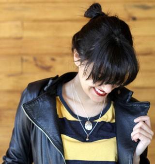 Ana Loureiro com colar da Cléo (Foto: Arquivo pessoal)