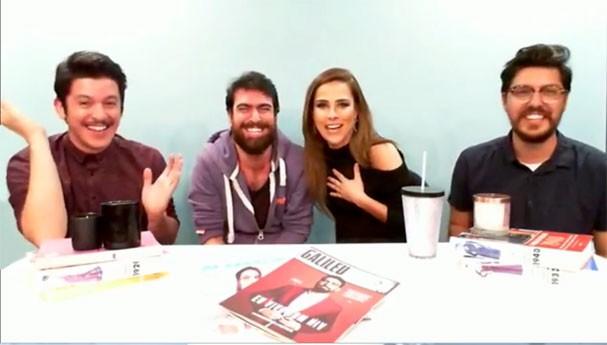 """Felipe Carvalho, Gabriel Estrela, Wanessa Camargo e Nathan Fernandes no """"Glamour Ao Vivo"""" (Foto: Reprodução)"""