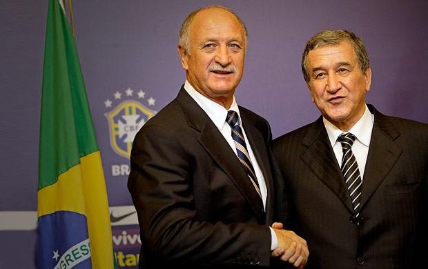 Felipão e Parreira apresentação seleção brasileira  (Foto: AP)