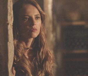 Melissa não se conforma com a atitude da mãe (Foto: TV Globo)