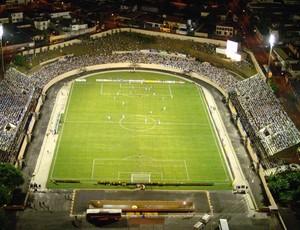 Estádio Walter Ribeiro - CIC - São Bento x Santos - 2006 (Foto: Zaqueu Proença / PM Sorocaba)