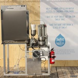 Máquina que 'recicla' suor para produzir água (Foto: Unicef/BBC)