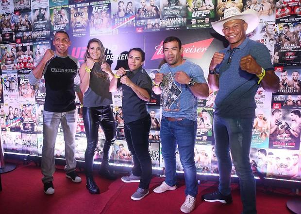 Edson Barbosa, Poliana Botelho, Jéssica Andrade, Michel Trator e Alex Cowboy (Foto: Iwi Onodera/Ed. Globo)
