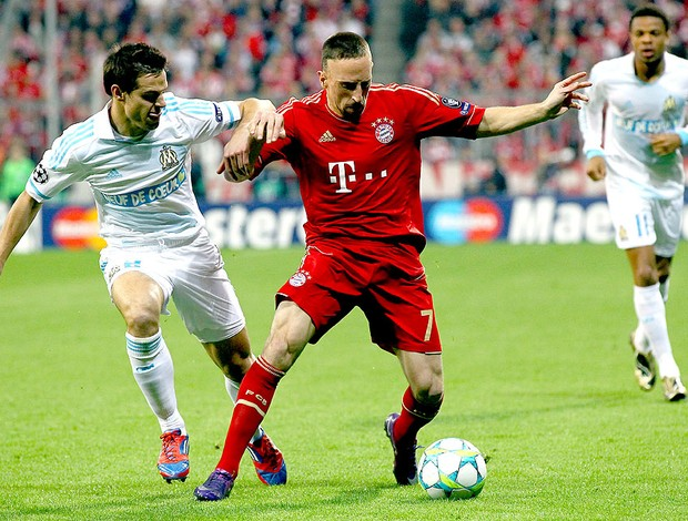Franck Ribery na partida do Bayern de Munique contra o Olympique (Foto: Getty Images)