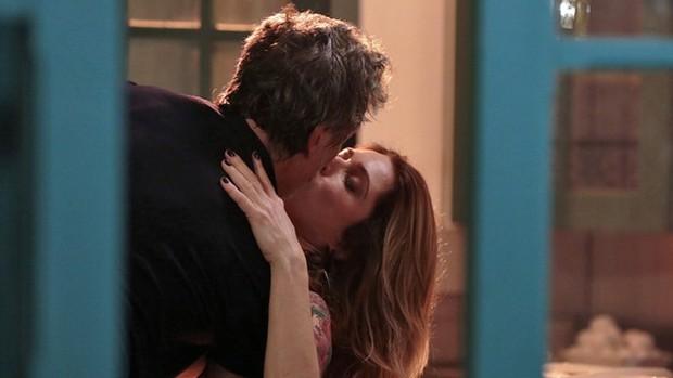 Sol Nascente: Vittorio e Lenita têm 1ª noite de amor (divulgação)