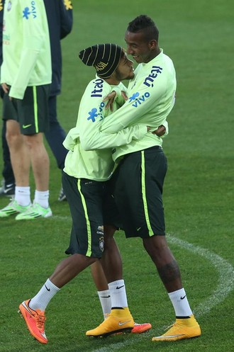 Neymar e Anderson Talisca Treino Seleção Brasileira (Foto: Bruno Domingos / Mowa Press)