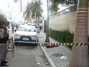 Turista da Bahia foi baleado durante um assalto na Ponta Verde (Foto: Henrique Pereira/ GloboEsporte.com)