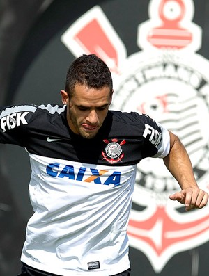 Renato Augusto no treino do Corinthians (Foto: Daniel Augusto Jr. / Ag. Corinthians)