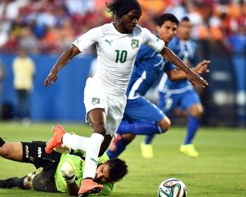 Gervinho jogo Costa do Marfim x El Salvador amistoso (Foto: AFP)