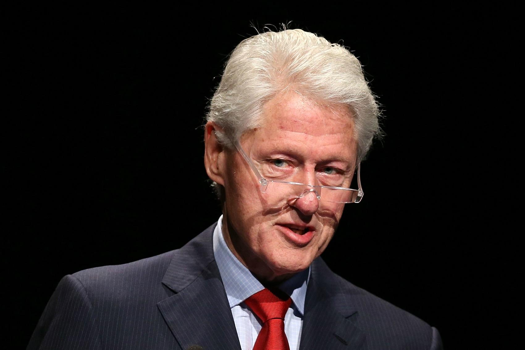 A estagiária Monica Lewinsky foi mero detalhe: Bill Clinton é acusado de trair a esposa, a provável futura candidata à presidência dos EUA Hillary Clinton, muito mais vezes. (Foto: Getty Images)