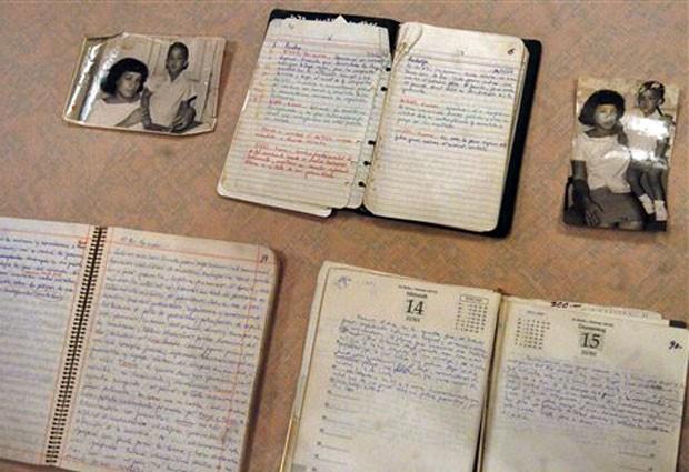 Parte dos manuscritos de Che Guevara, em foto de arquivo de 2008 (Foto: AP)