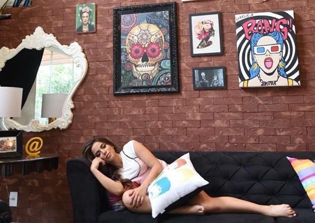 Anitta mostra decoração de sua casa para o EGO (Foto: Ari Kaye/Divulgação)