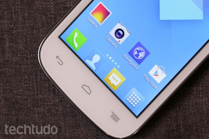 Alcatel One Touch Pop C5 tem preço baixo e poucas funções; confira o review (Foto: Lucas Mendes/TechTudo)