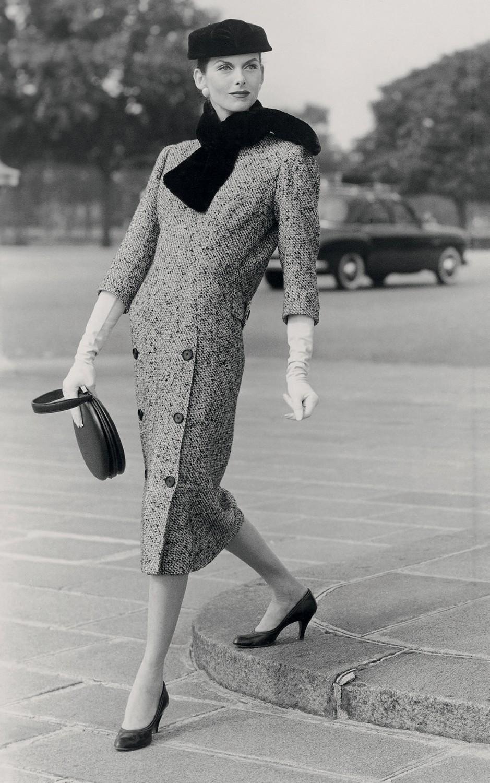 Anne St. Marie pelas lentes de Henry Clarke, em 1955 (Foto: Irving Penn, Henry Clarke, Getty Images, ©Balenciaga Archives Paris, Divulgação e © The Estate Of Erwin Blumenfeld)