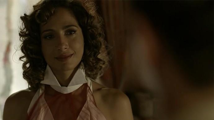 Tereza diz que se arrepende de não ter contado a verdade para Miguel (Foto: TV Globo)