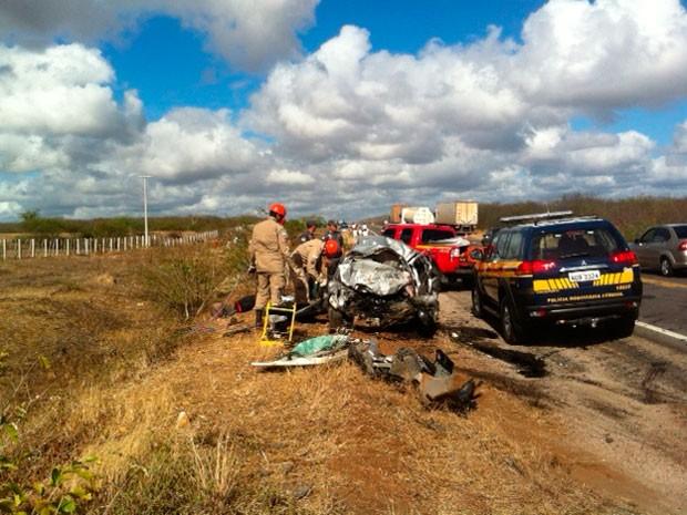 Acidente deixou quatro pessoas mortas em Santa Maria (Foto: Ricardo Araújo/G1)
