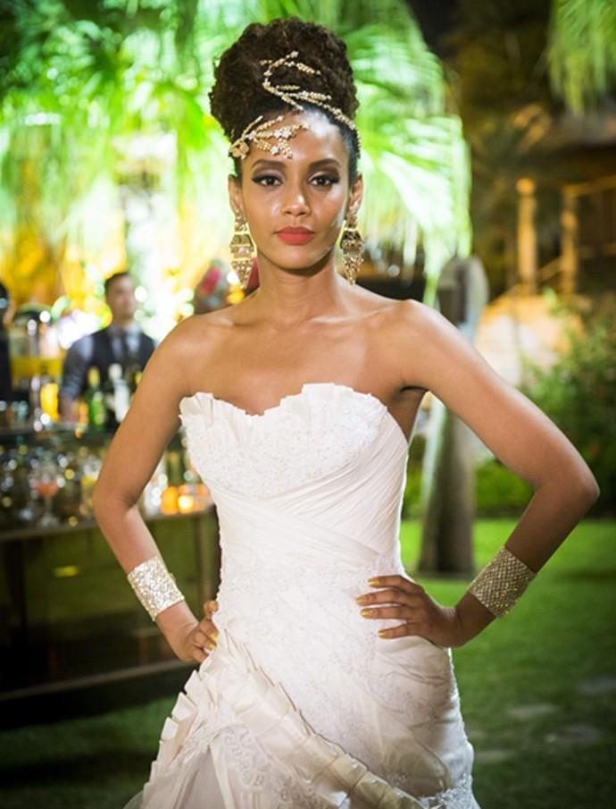 Taís Araújo Arrasa com vestido de noiva (Foto: João Miguel Junior / TV Globo)