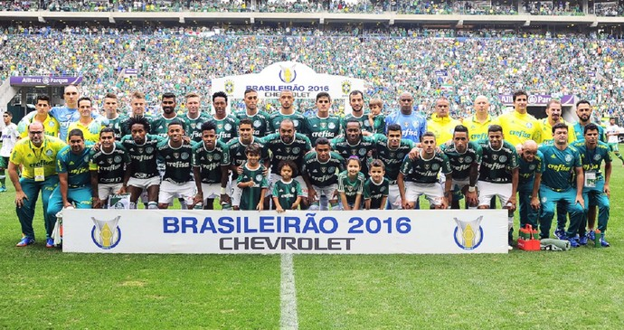 Palmeiras x Chapeconese poster (Foto: Marcos Ribolli)