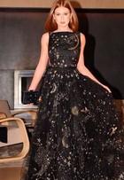 Marina Ruy Barbosa usa vestido de mais de R$ 83 mil no 'Emmy'