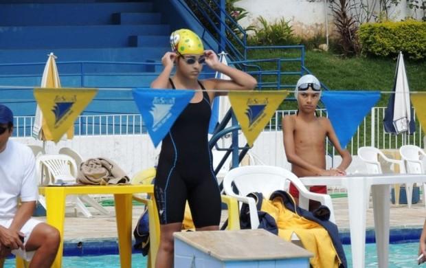 Isabela Marques Nadadora  (Foto: Arquivo Pessoal/ Luiz Francisco Marques )