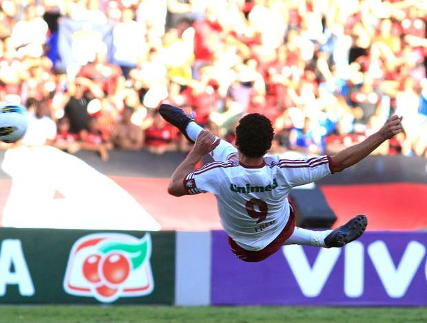 Fred marca gol do Fluminense no Flamengo (Foto: Nelson Perez / Fluminense. F.C.)
