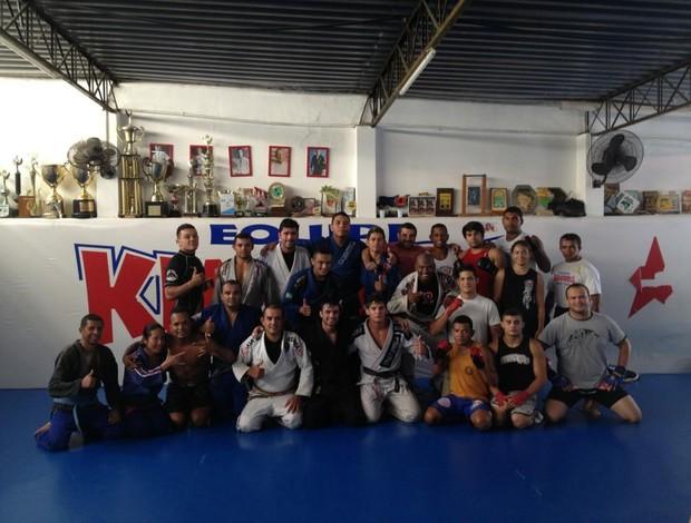Lutador do UFC, carioca Johnny Eduardo treina na academia Kimura, em Natal (Foto: Divulgação)