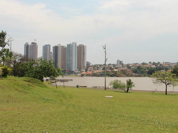 Tempo quente e seco em Campo Grande desde o fim de semana (Foto: Dyego Queiroz/TV Morena)