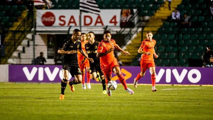 Lance de jogo Figueirense x Sport (Foto: Estadão Conteúdo)