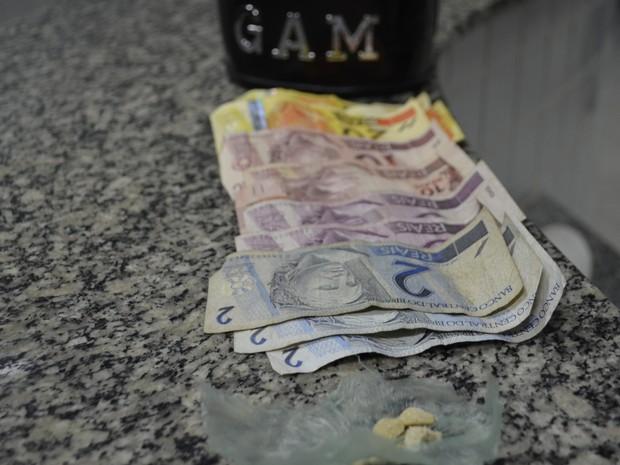 Jovem disse que a origem do seu dinheiro é de trabalho (Foto: Marcelo Marques/ G1 RR)