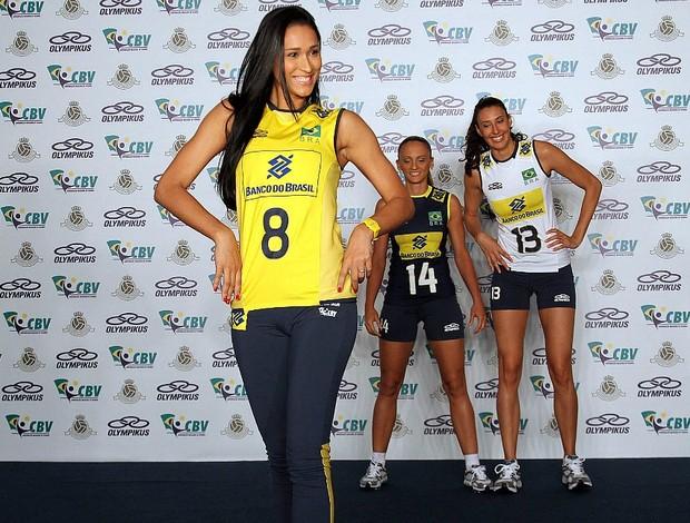 Jaqueline vôlei seleção uniforme Brasil (Foto: Mauricio Val / VIPCOMM)