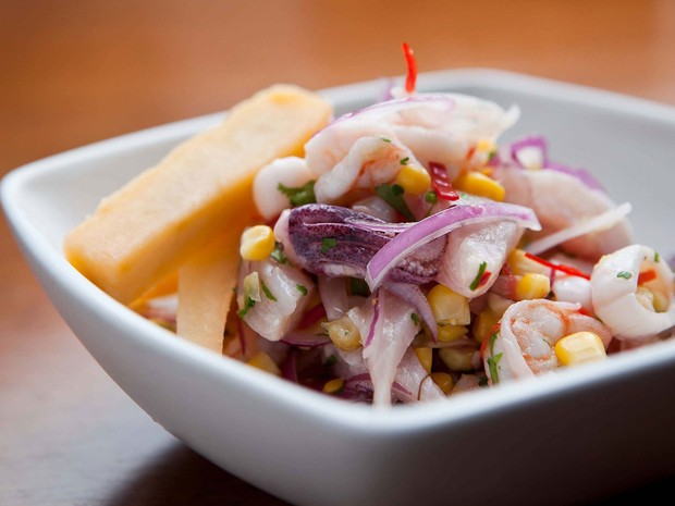 Prato do chef Dagoberto Torres, do restaurante peruano Suri Ceviche Bar (Foto: Divulgação)