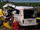 Corpos dos passageiros de Kombi atingida por avião são velados no PR