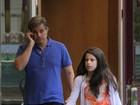 Edson Celulari vai às compras com a filha em shopping do Rio