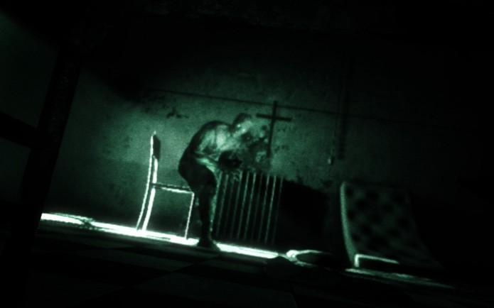 Outlast: jogo traz momentos assustadores e tensos (Foto: Divulgação)