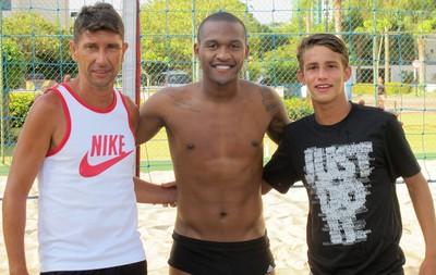 Flavio, Samir e Marcinho, Futevôlei (Foto: Thales Soares)