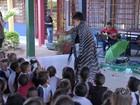 Crianças aprendem cantando como eliminar o mosquito Aedes aegypti